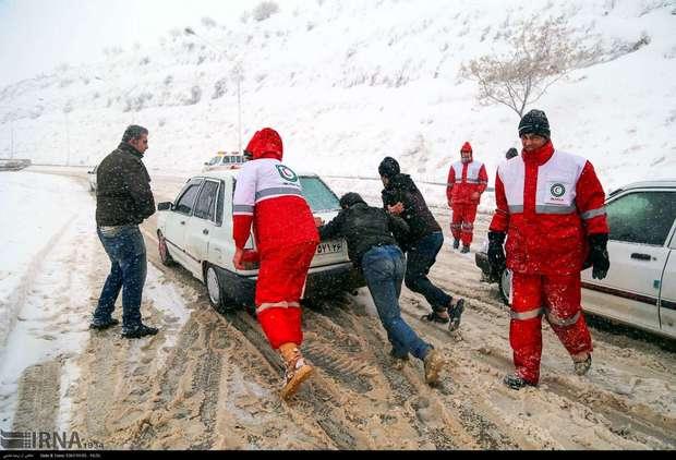 برف، معلمان خراسان شمالی را از حضور در کلاس بازداشت