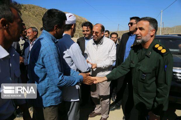 استاندار خراسان شمالی: مسئولان پشتمیزنشینی را رها کنند