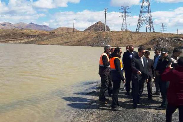 استاندار مرکزی بر ساخت کانال انتقال آب مسکن مهرمحلات تاکید کرد